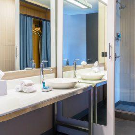 Aloft_Lexington - Guest Bathroom