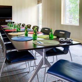 Aloft_Lexington - Meeting room