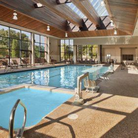Doubletree Danvers Pool