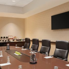 Embassy Suites Waltham Boardroom