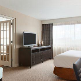 Embassy Suites Waltham Suite