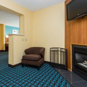Fairfield Inn Des Moines King Suite