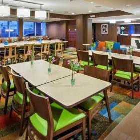 Fairfield Inn East Rutherford Breakfast Seating