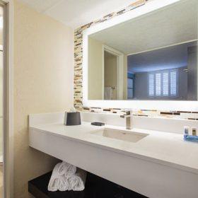 Fairfield Inn Key West Front Bathroom