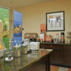 Enjoy a free hot breakfast each day of your stay at Hampton Inn Fort Walton Beach. We offer a rotating menu that includes eggs and breakfast meats. Belgian waffles, yogurt, fresh fruit, coffee, juice and more are available each day.