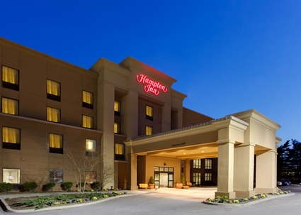 Hampton Inn Garden City Exterior