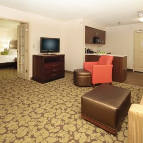Hilton Garden Inn Pittsburgh Suite