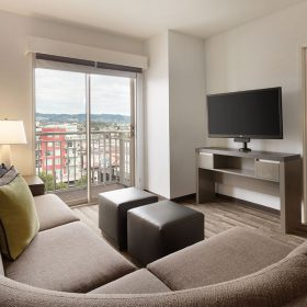 Hyatt-House-Emeryville-San-Francisco-Bay-Area-P014-One-Bedroom-King-Suite.gallery-2-3-item-panel.jpg