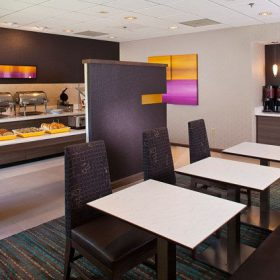 Residence Inn Baton Rouge Breakfast Area