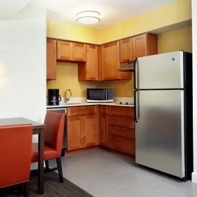 Residence Inn Houston (Galleria) Kitchen